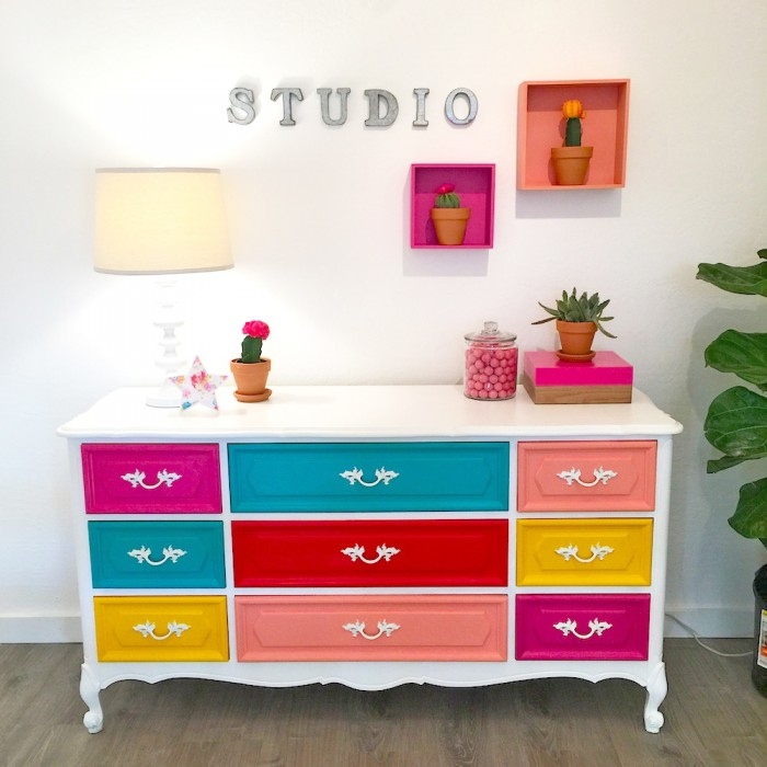 Ordinaire Bright Painted Dresser