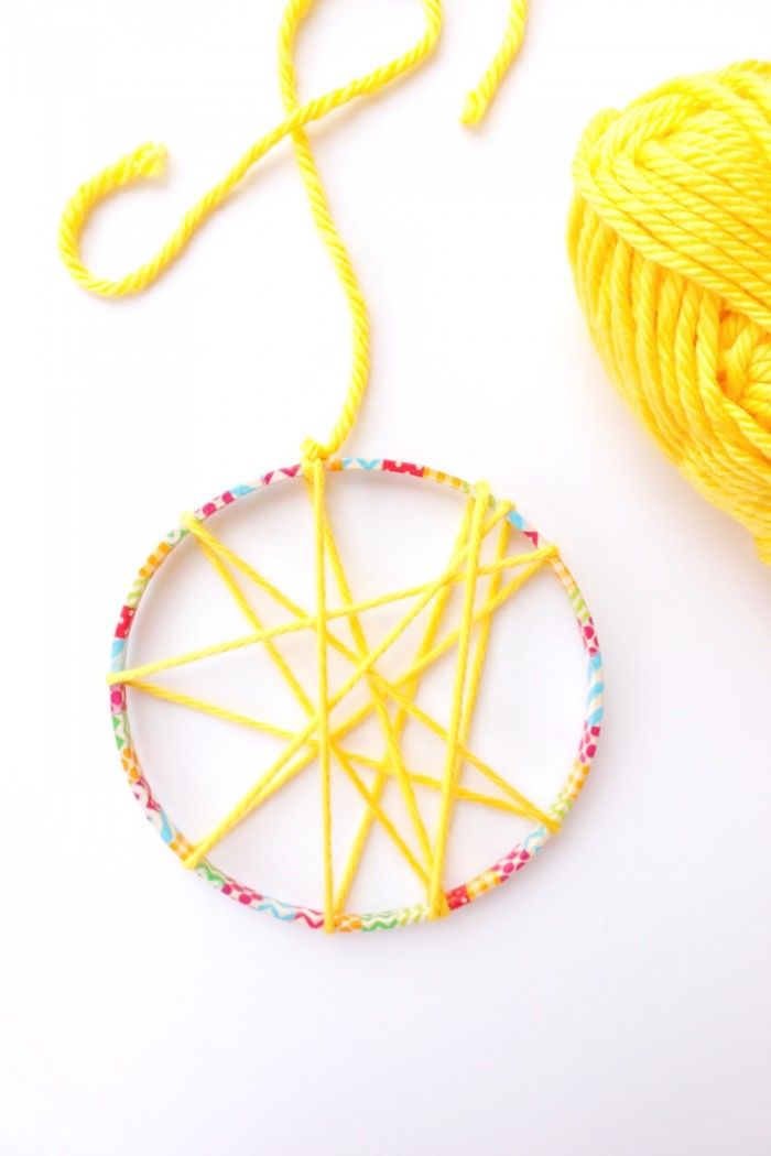 DIY Dream Catchers for Kids with Yarn