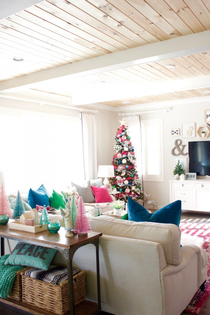 Holiday House Tour 26