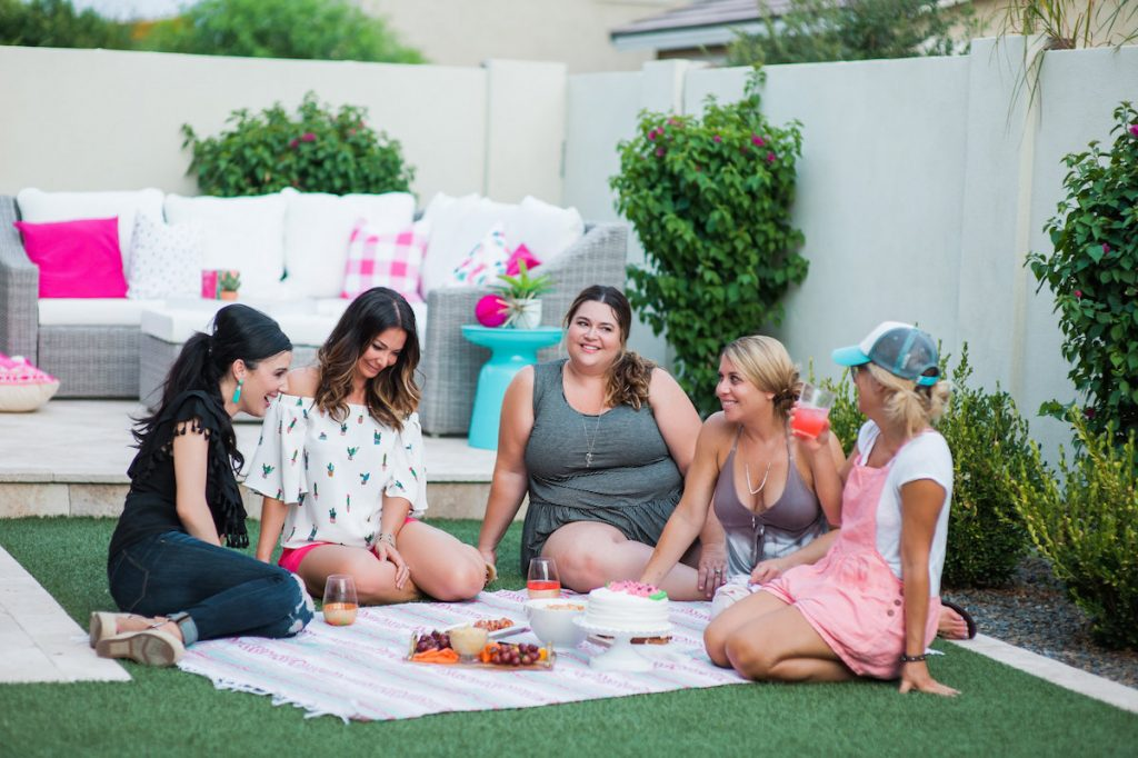 Backyard BBQ...Girls Night In DIY with Spoonflower
