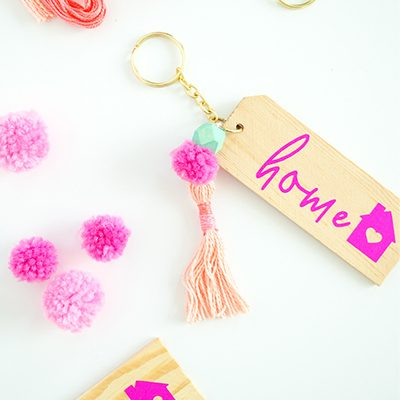 DIY Vinyl Keychain with Cricut